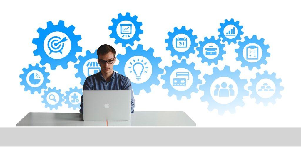 Sklepy internetowe - zalety i różnice
