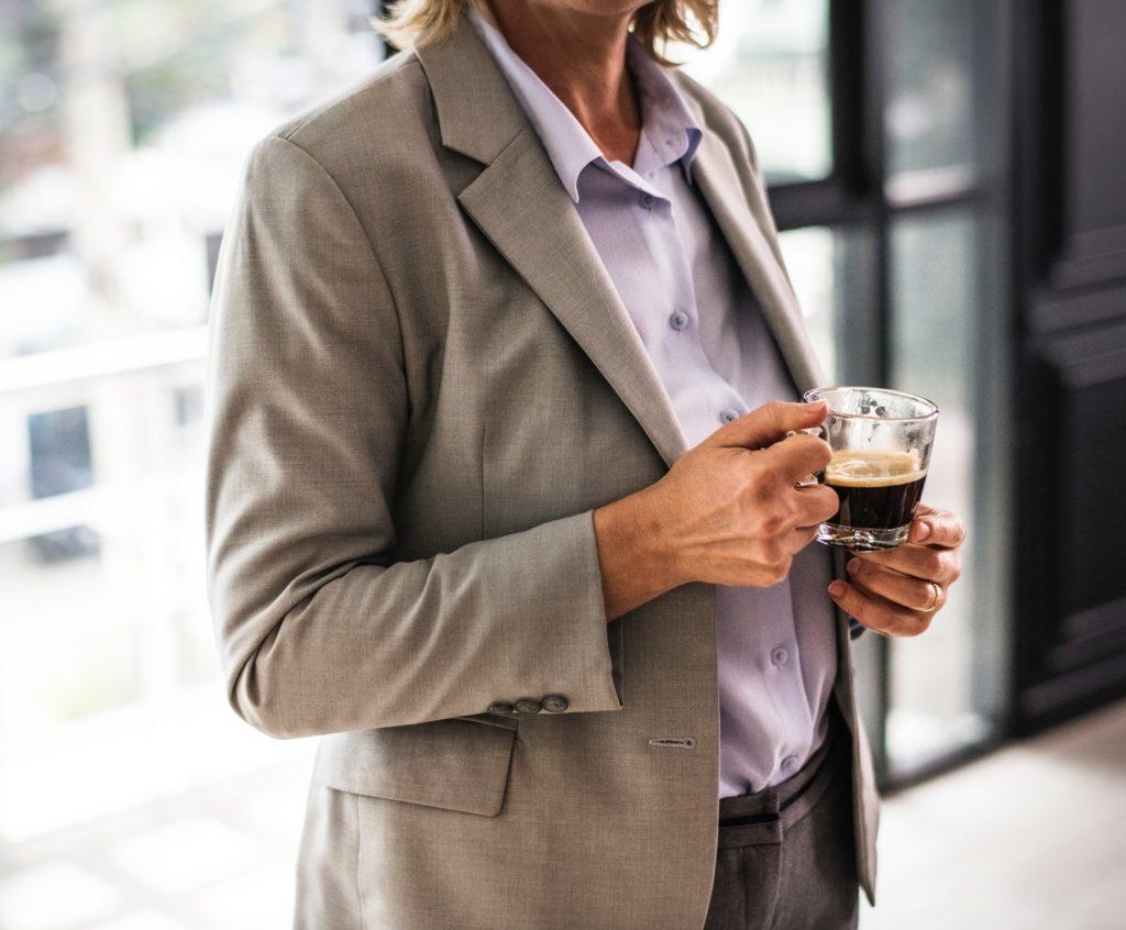 kawa podczas rozmowy rekrutacyjnej