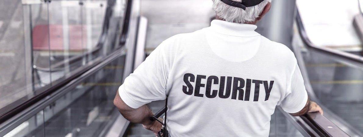 Odpowiednia odzież zimowa dla służb i pracowników ochrony