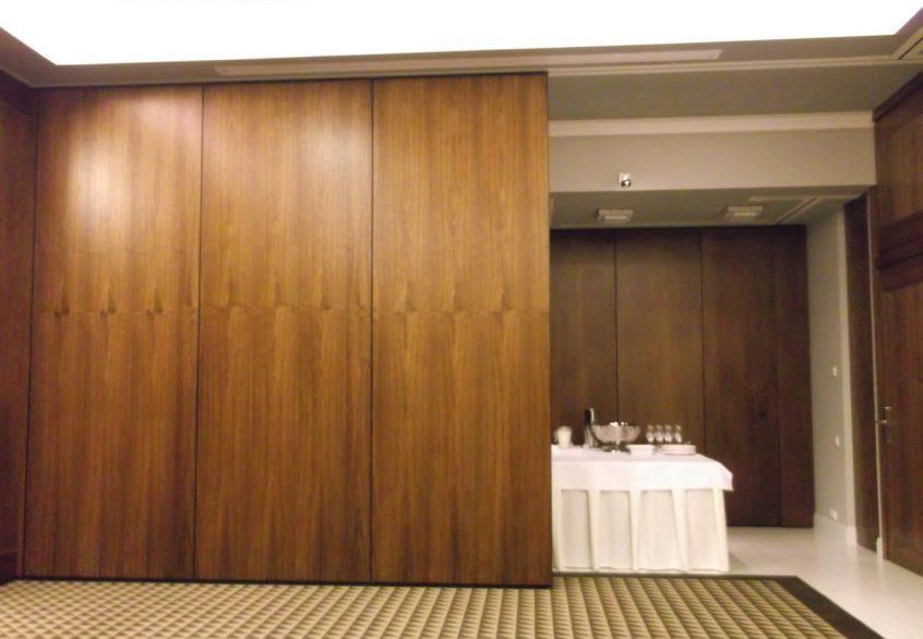 Ściany przesuwne z wysoką dźwiękoszczelnością